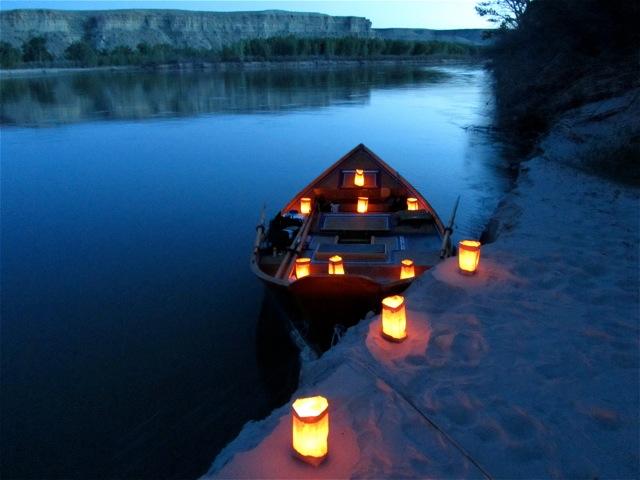 lanternboat