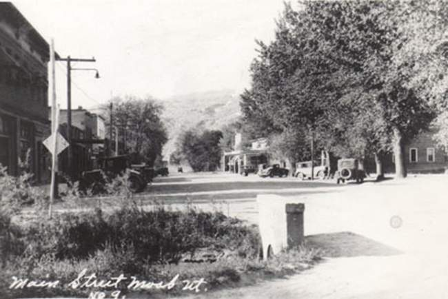 Main Street Moab in 1922.