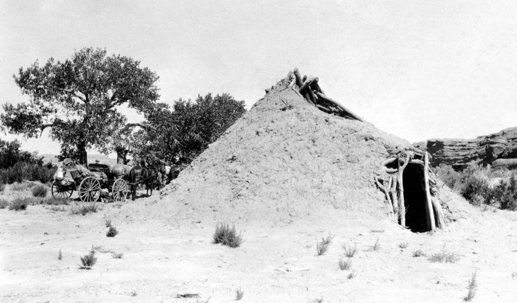 A Navajo hogan