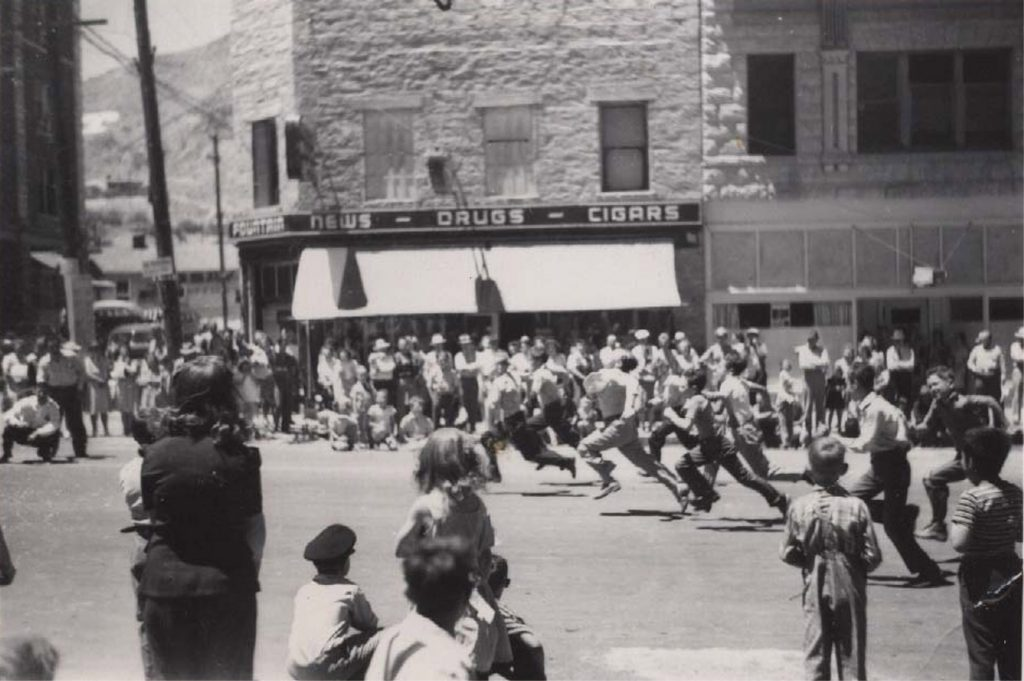 Tonopah Parade, 1940s. Photo by Herb Ringer