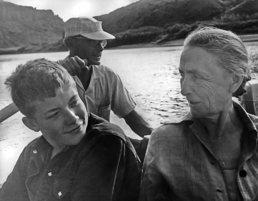Georgia O'Keeffe, Marshall Girard and Guide Kenny Ross, 1961. (photo by Todd Webb; courtesy of the Georgia O'Keeffe Museum)