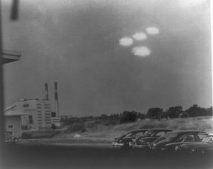 Purported UFO sighting by a US Coast Guard officer at Salem, Massachusetts in 1952.