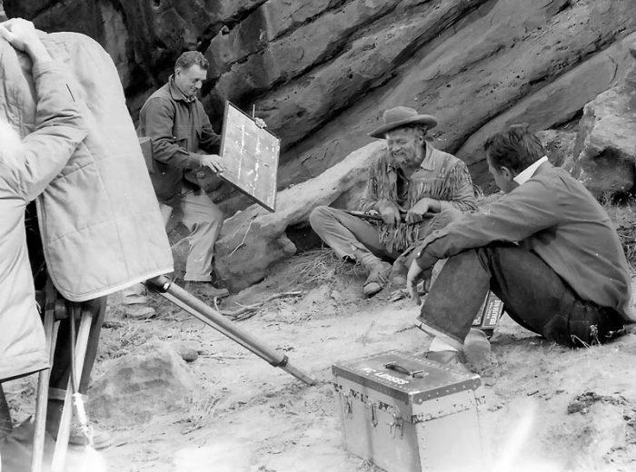 Brian Keith (as Bill Dunn) in buckskin garb preparing for the rattlesnake scene. (K. Ross collection)