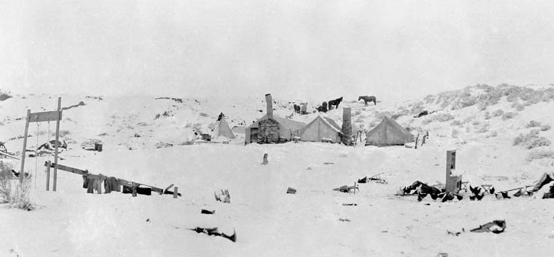 The beginning of the Wetherill & Colville establishment at Kayenta