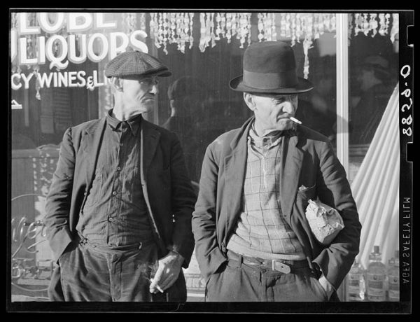 Unemployed men who ride the freight trains from Omaha to Kansas City and St Louis. Photo by John Vashon for the FSA. Public Domain.